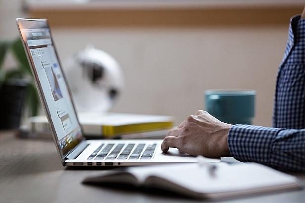 تحقیق –  رابطه مشارکت کاری و مهارت های ارتباطی با توانمند سازی دبیران زن  …